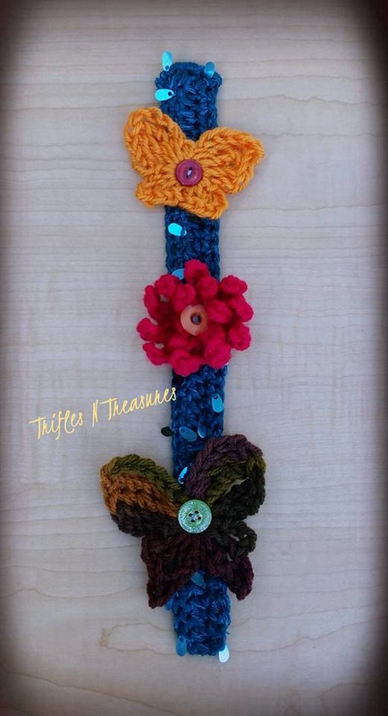 Wall Hanger~Trifles N Treasures