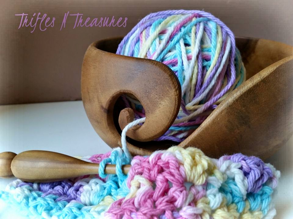 TriflesNTreasures yarn bowl from Furls