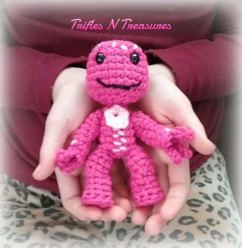 LittlePinkDude~FREEPattern~TriflesNTreasures